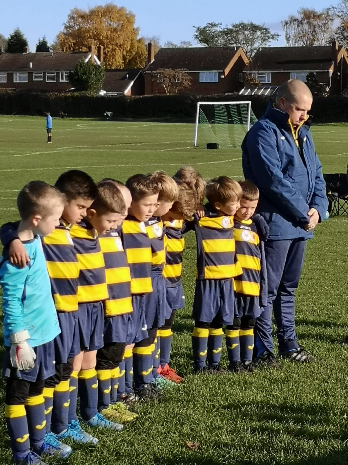 Colron Yellows meet Unbeaten Bromford